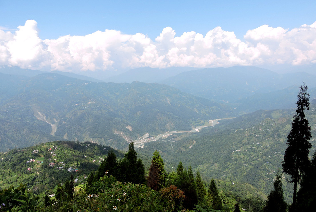 Teesta river from Deolo Hill and Garden