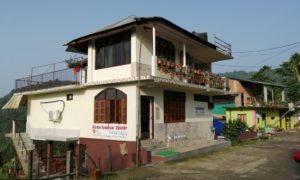 Home Tourism Center homestay at Sutankhola or suntalekhola