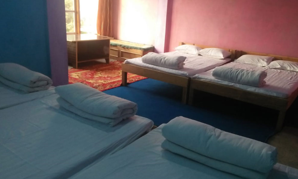 Humro Homestay Suntalekhola dormitory or 10 beaded large room