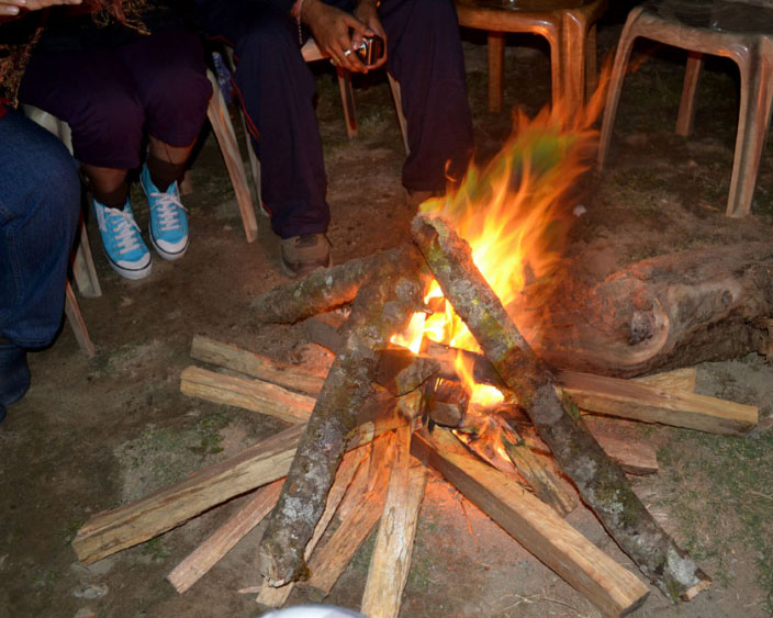 Camp fire at Icche Gaon or Echhey forest village
