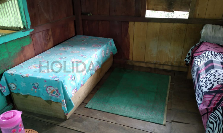 Toto Para thapa home stay bed room near jaldapara