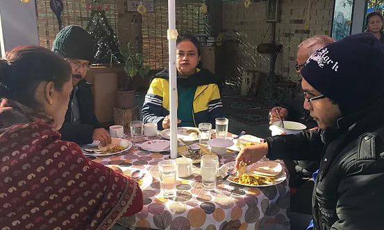 chisang The Wildwoods Homestay GUESTS ENJOYING THEIR BREAKFAST