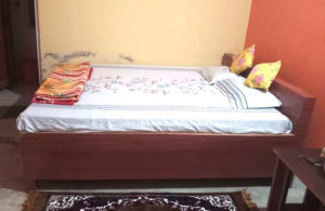 Meeyang Homestay Bedroom at Paren in North Bengal