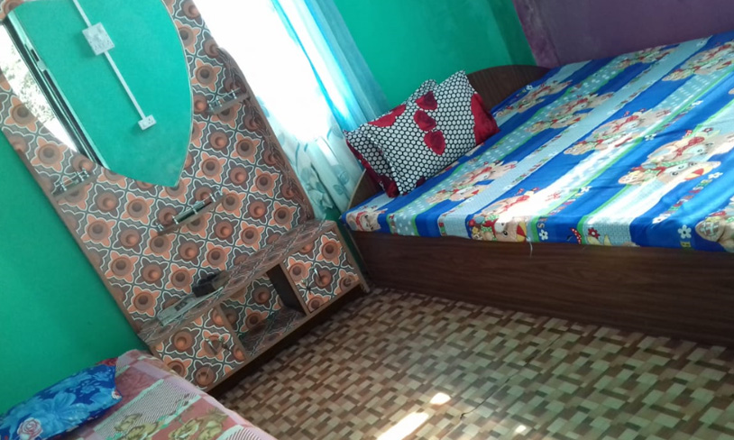 Namrata homestay double bed room image at rocky island near sumsing