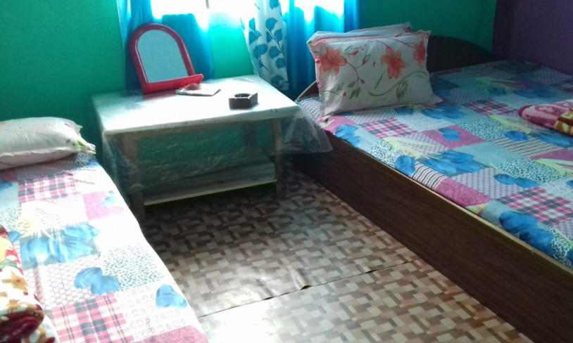 Namrata homestay nice double bed room image at rocky island near sumsing