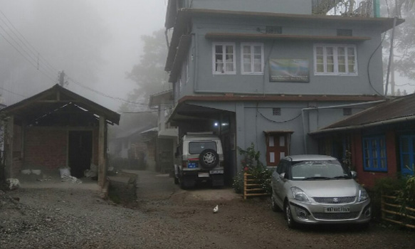 Samsing Trishna Homestay car parking area