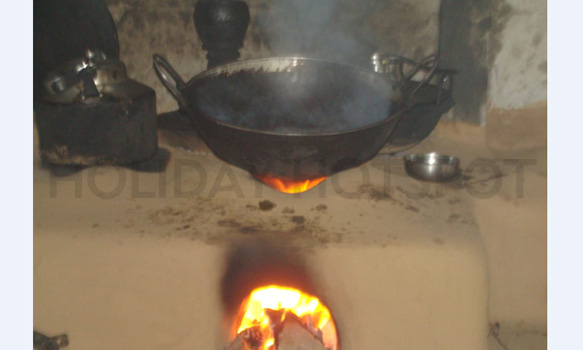 Samsing Trishna Homestay cooking process